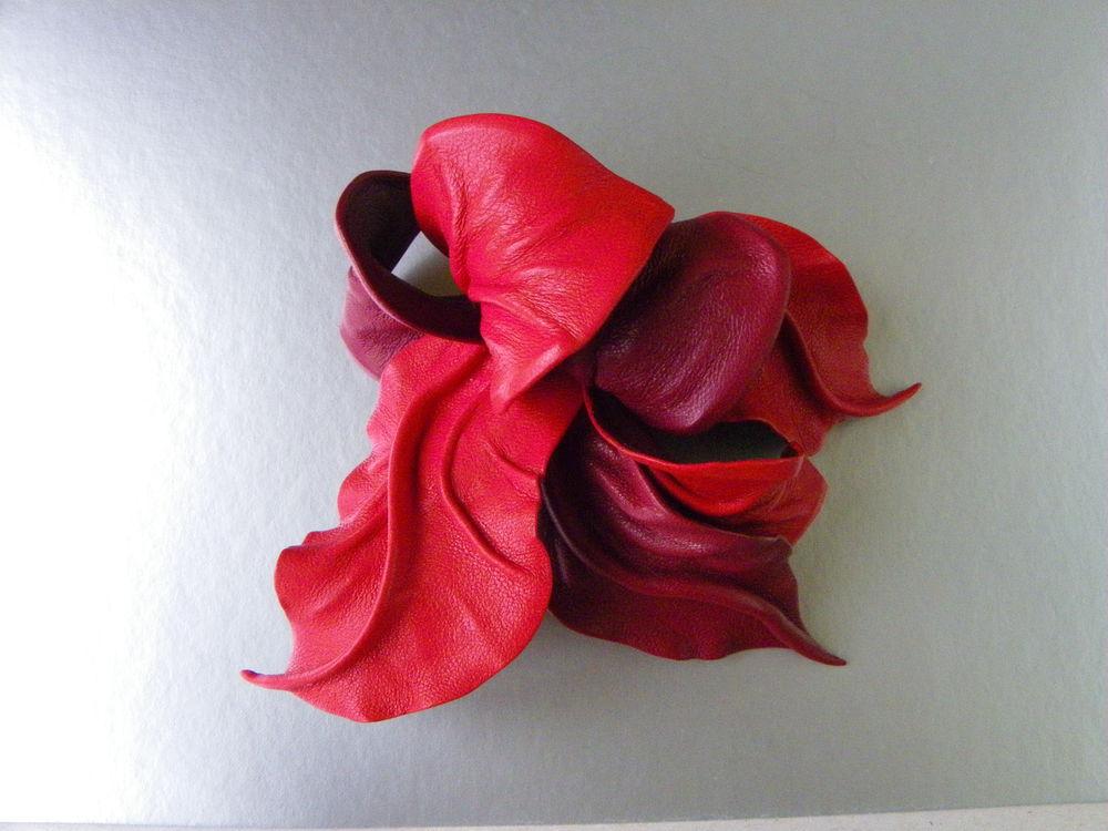 новинка, брошь цветок, цветок на большой булавке, большая брошь, цветок застежка палантин