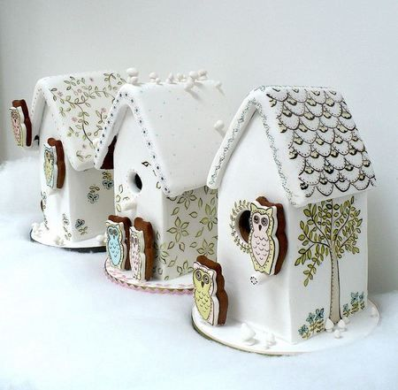 fanTAStic painted gingerbread houses