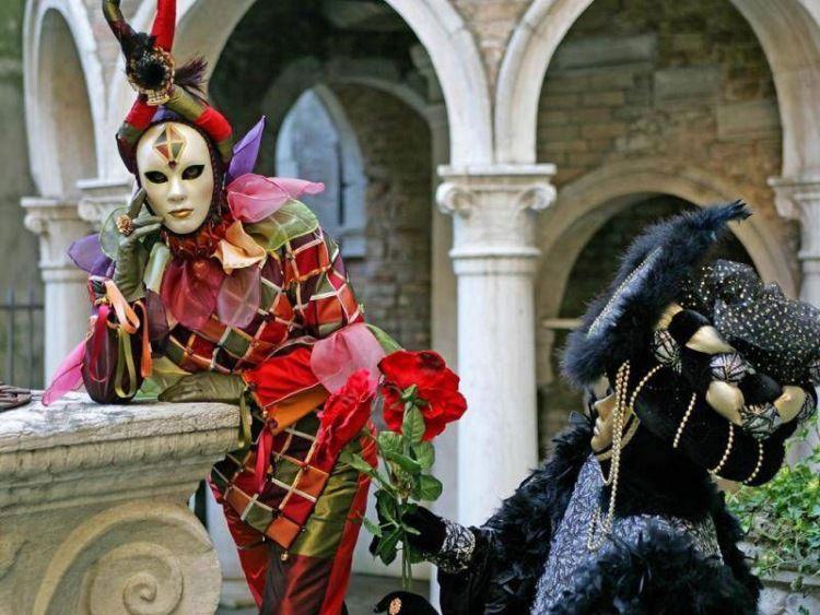маски карнавала