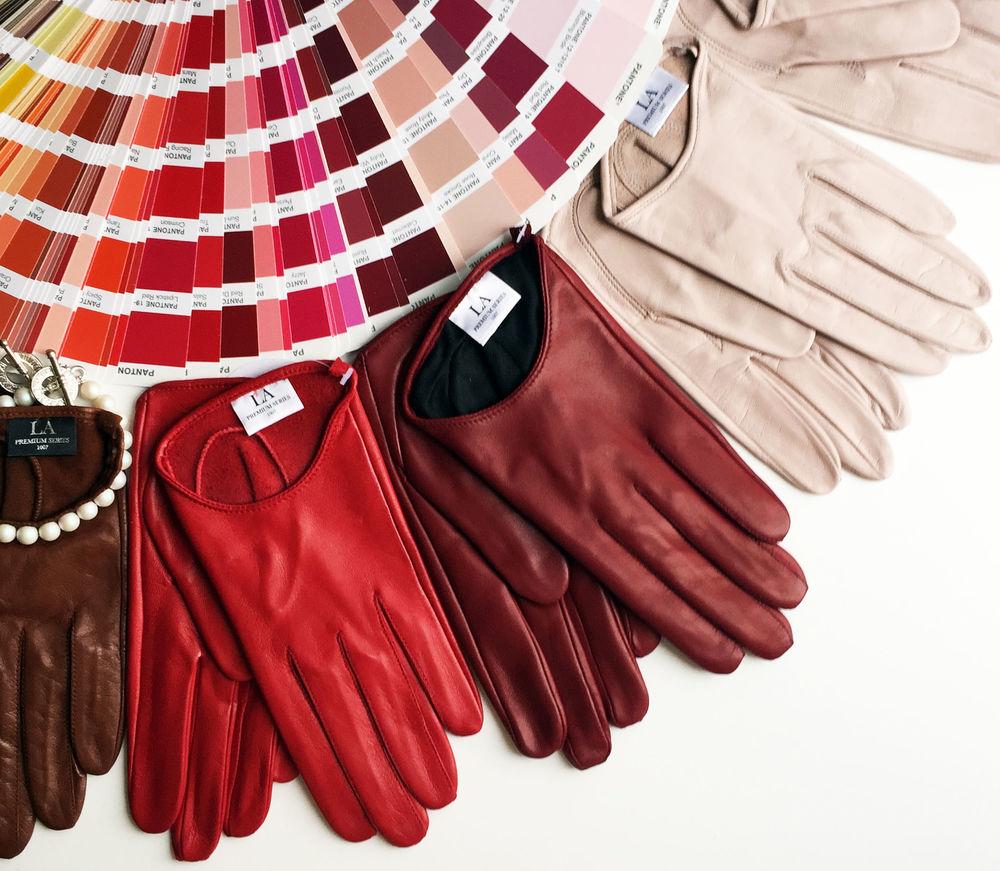 яркие краски, яркие цвета, натуральная кожа, перчатки ручной работы, кожаные перчатки, весенняя коллекция, la1007