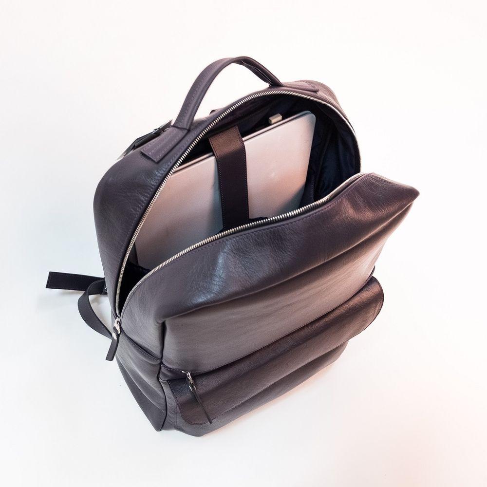 компьютер, рюкзак для ноутбука, вместительная сумка, рюкзак, рюкзак из кожи, новинки, новинка, новинка магазина, новинка в магазине, новинки магазина, новинки в магазине, новая модель, новая работа, из натуральной кожи, анонс новинок, для женщин, для женщины, женские сумки, рюкзак кожаный, рюкзак со скидкой