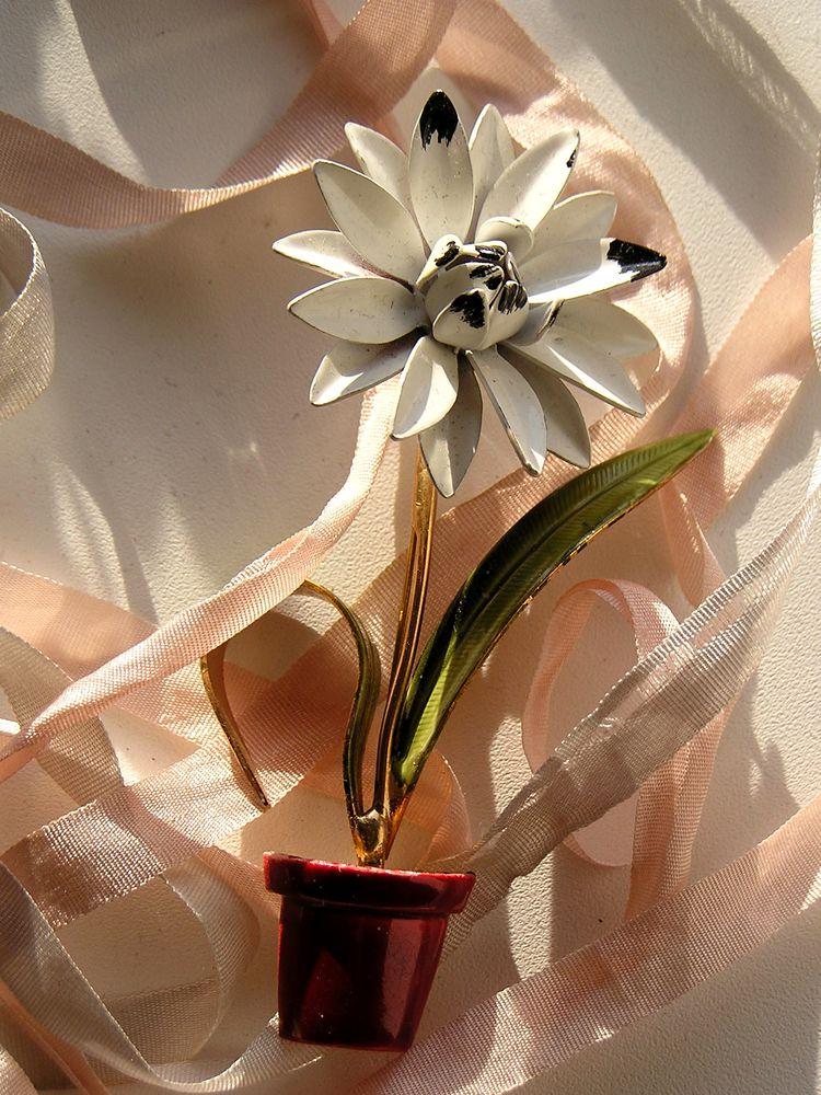 брошь, цветок