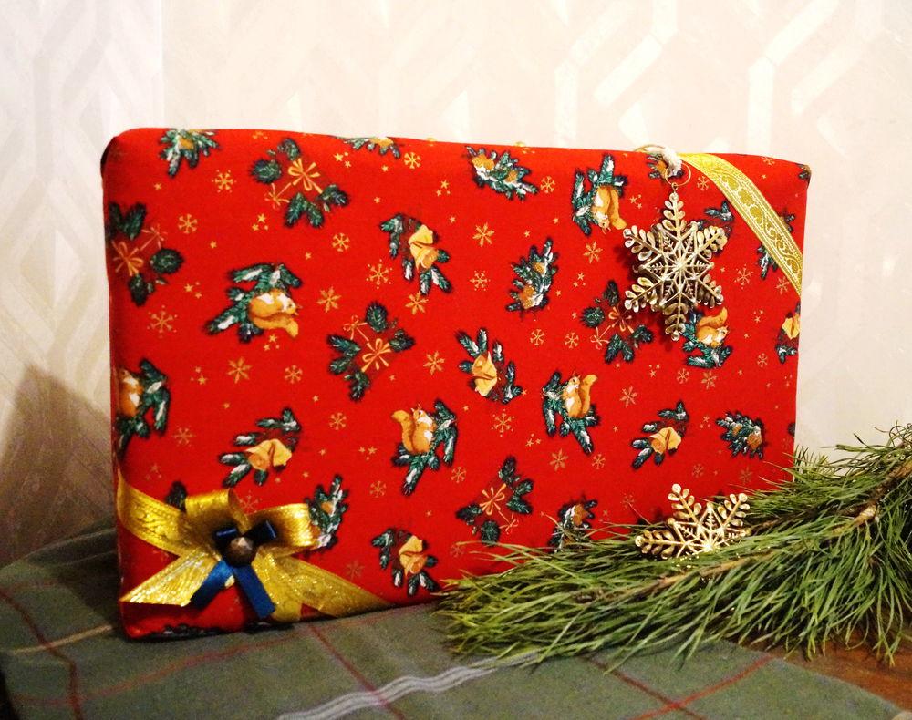 чемодан, винтажный чемодан, ёлочные игрушки, новогодние подарки