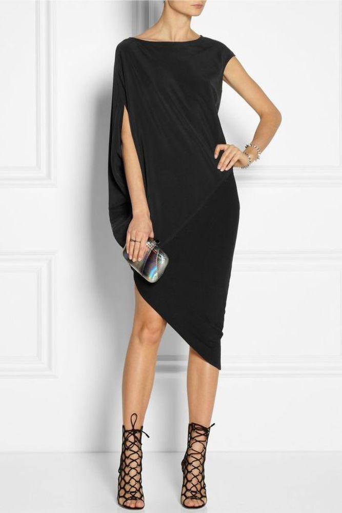 Черное платье из стрейч
