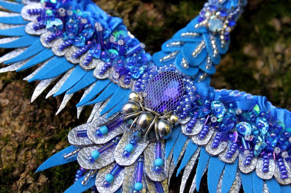 журавль, сине-серебряный