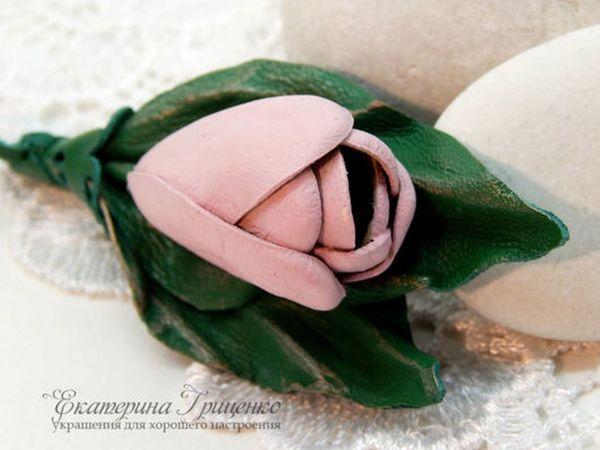 Happy Friday! Брошь цветок из кожи в подарок за покупку! | Ярмарка Мастеров - ручная работа, handmade