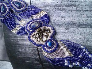 Аукцион на вышитый бисером кулон  с лазуритами, литой фигуркой осьминога, на бисерных нитях и с бисерной бахромой - закрыт. Ярмарка Мастеров - ручная работа, handmade.