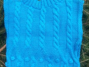 Украшение гардероба вязаной жилеткой. Ярмарка Мастеров - ручная работа, handmade.