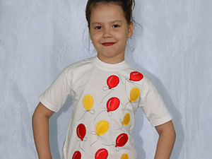 Делаем аппликацию в виде шариков на белой детской футболке. Ярмарка Мастеров - ручная работа, handmade.