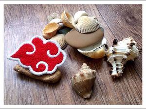 Значок Акацки (Акацуки). Вышивка гладью. Ярмарка Мастеров - ручная работа, handmade.