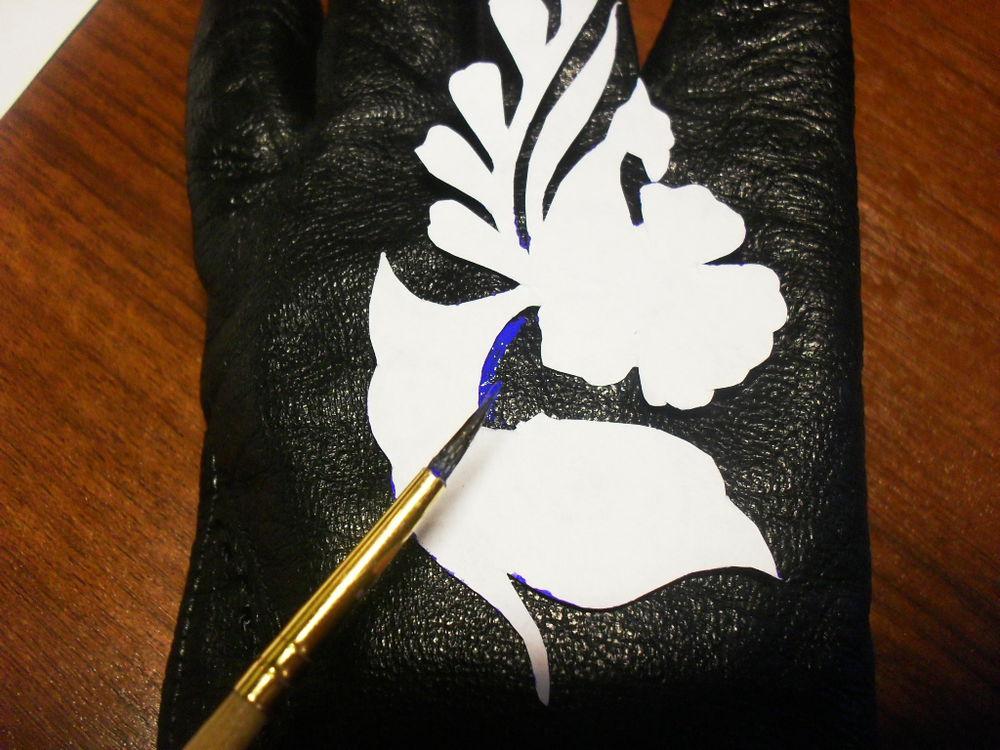 перчатки обновляем