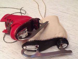 Фигурные коньки для Вашей куклы (съемные) | Ярмарка Мастеров - ручная работа, handmade