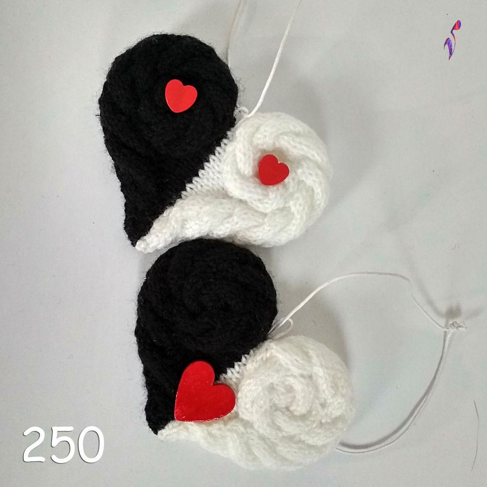 вязаная шапка, сувенир на 14 февраля