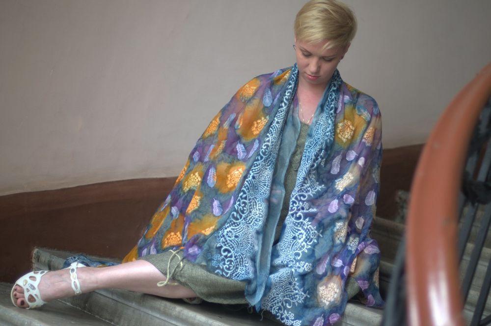 скоро в продаже, шёлковый платок, палантин, шелк