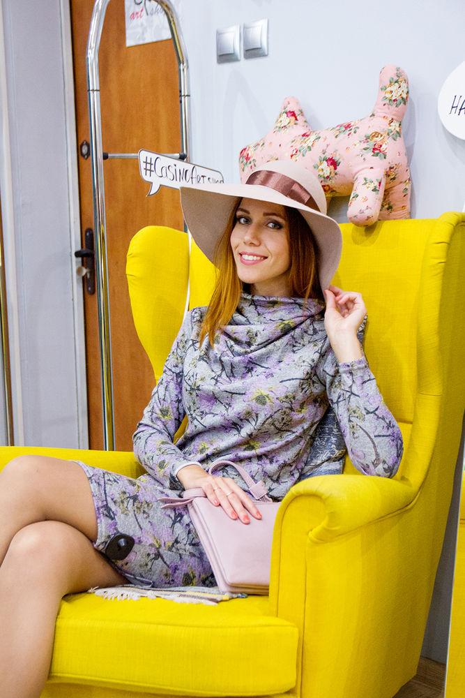 стиль, платье, широкополая шляпа