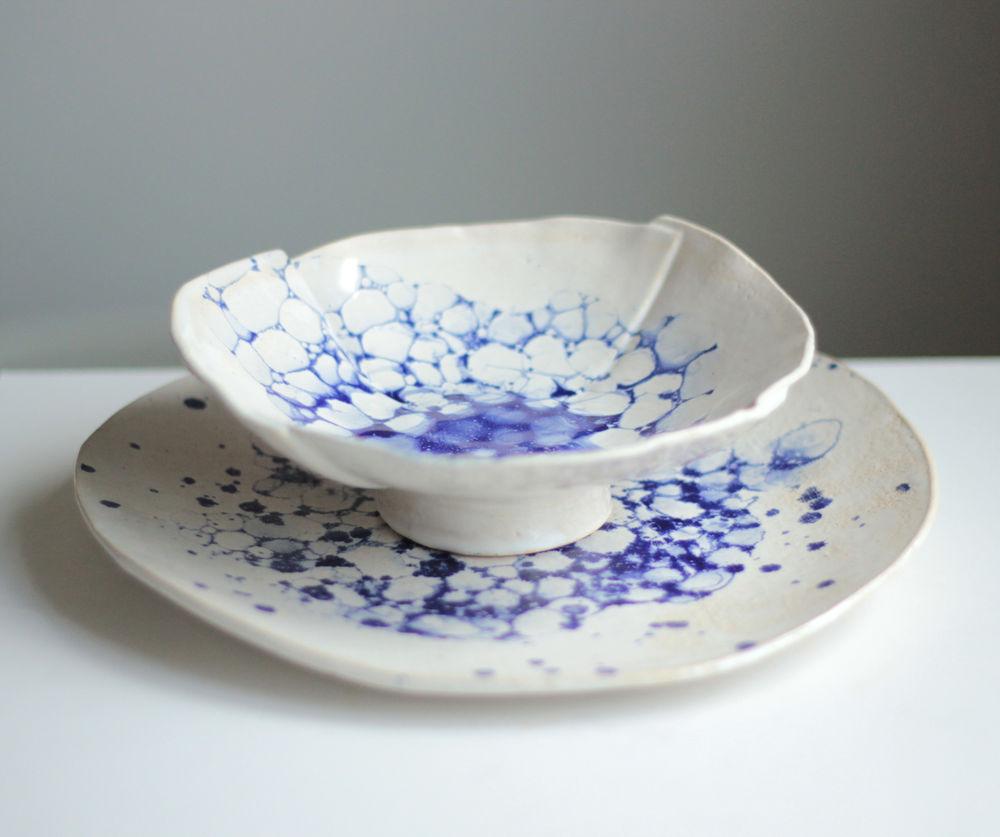 синий цвет, керамическое блюдо, посуда на заказ, для торта, пузыри