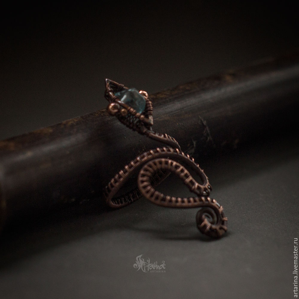 A Wire Wrap Technique DIY: Creating a Snake Ring – Livemaster