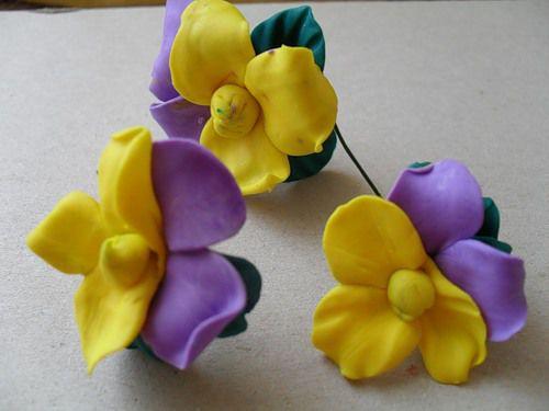 Цветки из полимерной глины своими руками 548