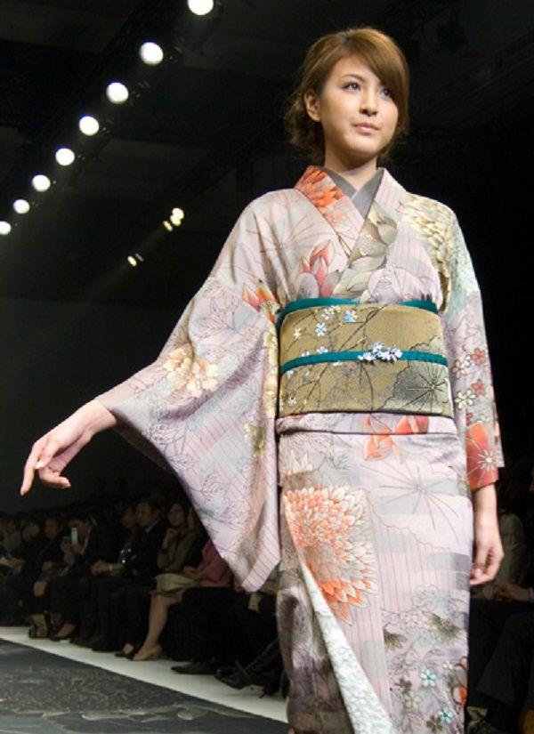 японский дизайнер