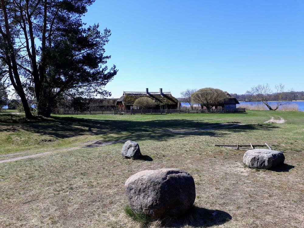 прогулки по латвии