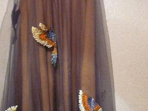 Объемная вышивка на одежде. Платье