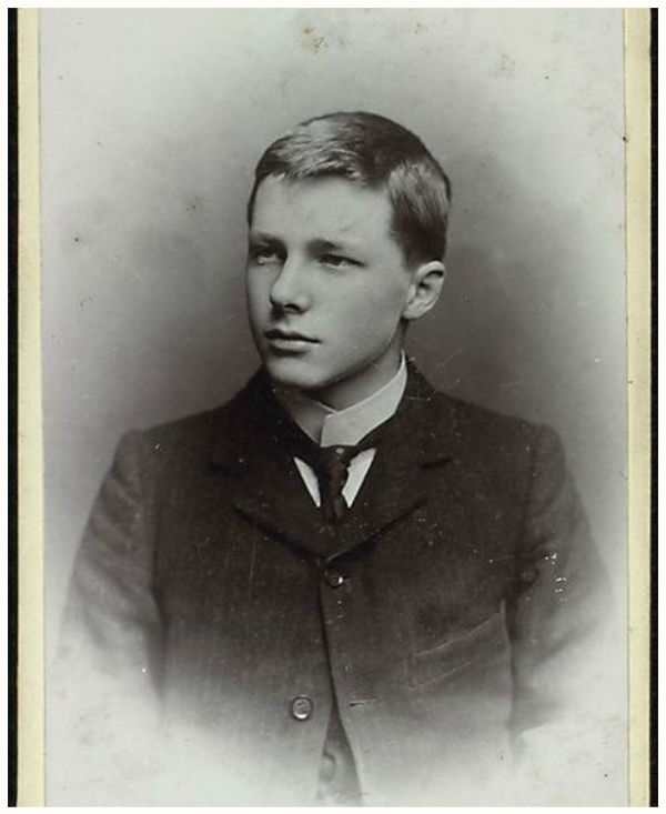 "essay on rupert brooke Title: rupert brooke's ""the soldier"" was seen as a hymn to the great nation of england at the time of world war i, but today is seen author."