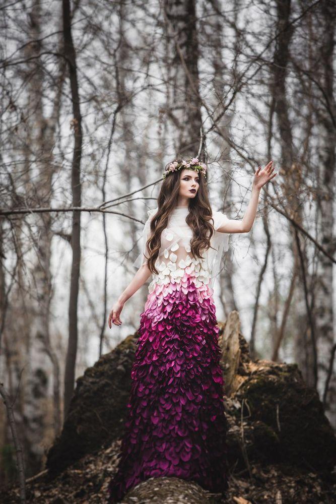 платье из лепетсков роз, дизайнерское платье, пышное платье, фотосессия