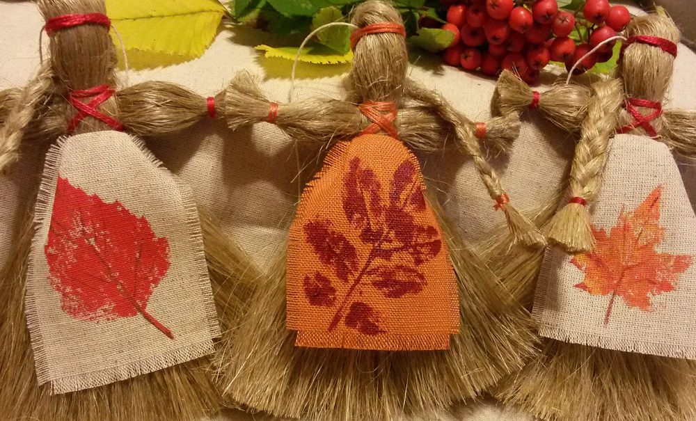 льняная кукла, отпечатки листьев, русский сувенир