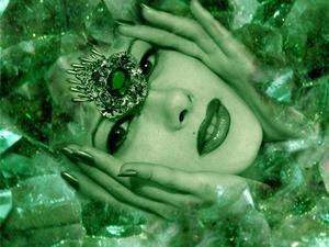 Зеленые кристаллы сказочной, восхитительной красоты - это изумруды. Ярмарка Мастеров - ручная работа, handmade.