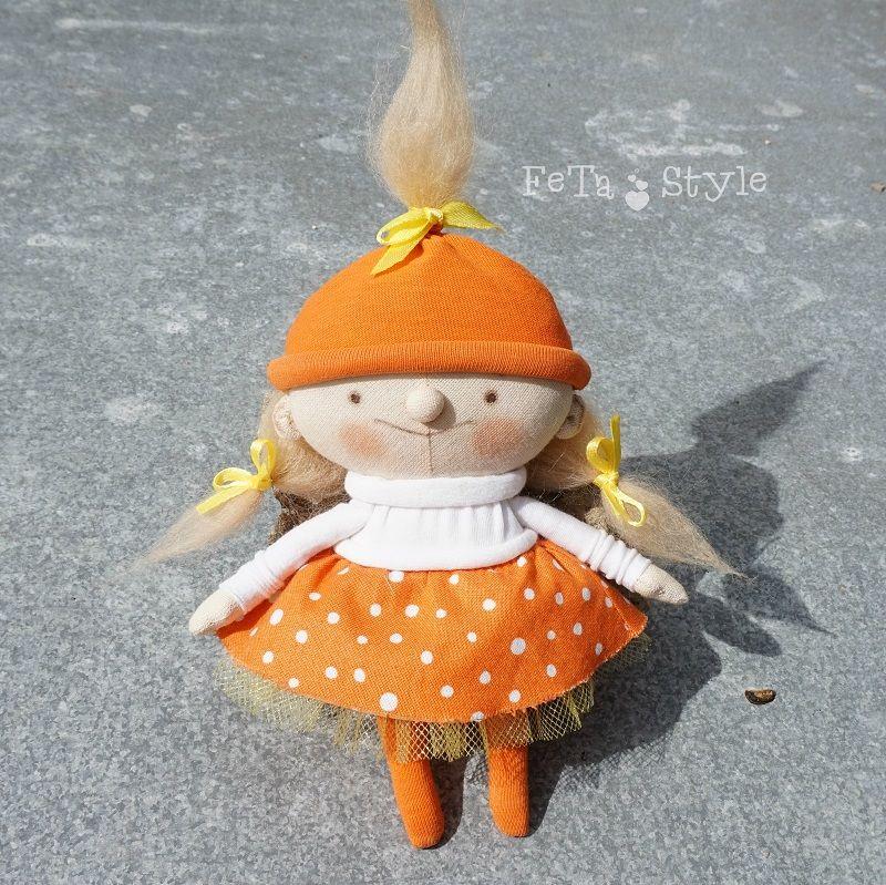 оранжевая мама