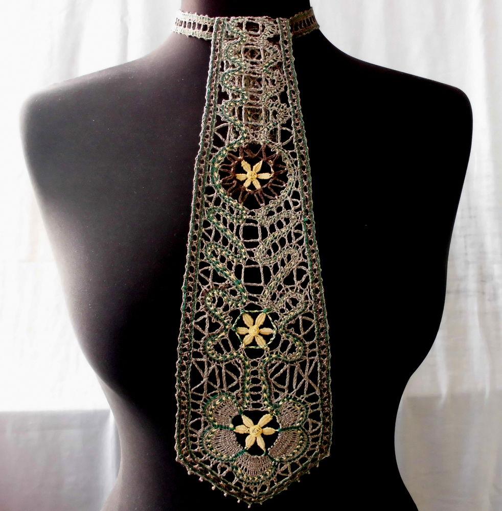 галстук кружевной