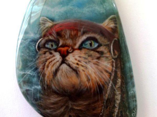 Карамбуш – кот – пират – фэнтези кулон на заказ - лаковая роспись   Ярмарка Мастеров - ручная работа, handmade
