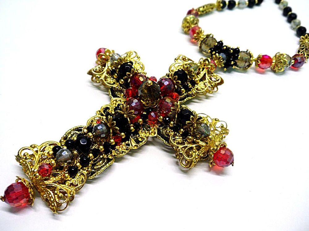 новости магазина, новое колье с крестом, крест с камнями, большой крест