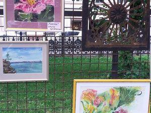 Передвижная выставка на Гоголевском бульваре   Ярмарка Мастеров - ручная работа, handmade