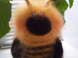 Вяжем спицами пчелку-гиганта. Ярмарка Мастеров - ручная работа, handmade.