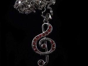 """Аукцион на Кулон """"Скрипичный ключ""""с Гранатом. Ярмарка Мастеров - ручная работа, handmade."""