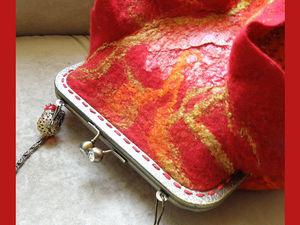 Валяем сумочку с воланами «Осенняя красота». Ярмарка Мастеров - ручная работа, handmade.
