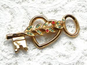 Видео. Брошь Ключ от моего сердца, Coro, США. Ярмарка Мастеров - ручная работа, handmade.