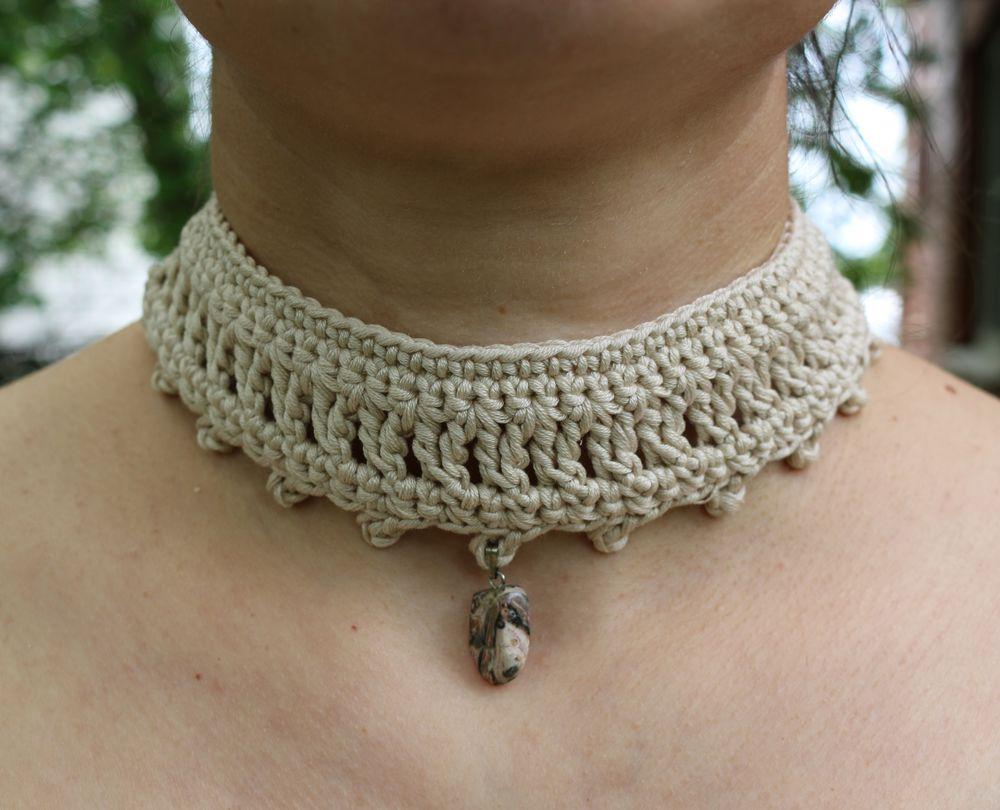 выпускной, вязаное украшение, бархотка
