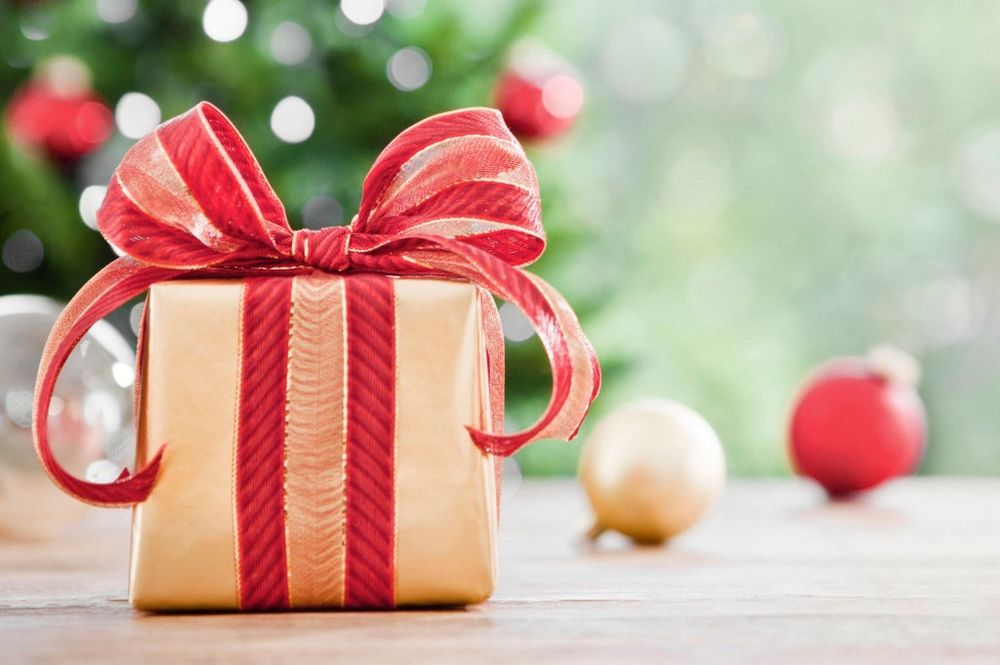 Поздравлениями, открытки подарки к новому году прикольные