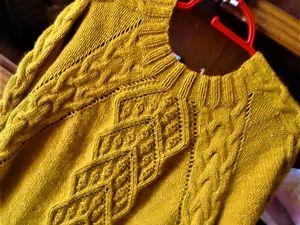 Свитер шафрановый из мериноса и ангоры. Ярмарка Мастеров - ручная работа, handmade.