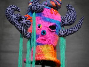 Вязаные маски Tracy Widdess: кошмары или шедевры?. Ярмарка Мастеров - ручная работа, handmade.