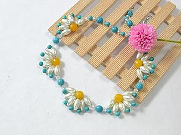 Weave a Summer Necklace with Flowers. Livemaster - handmade