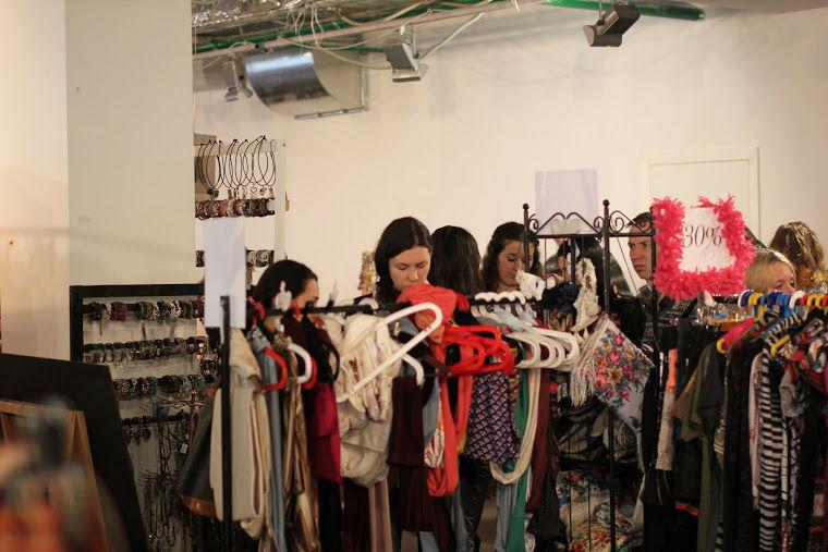 дизайнерская одежда, игрушки, интерьер