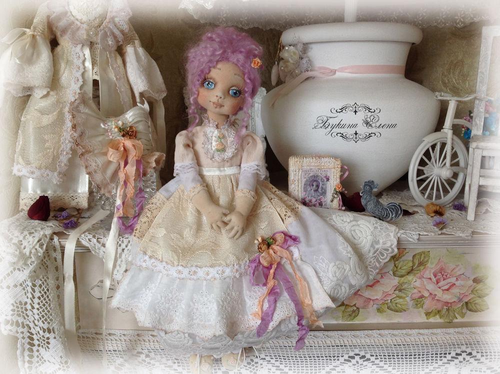 кукла в съемной одежде