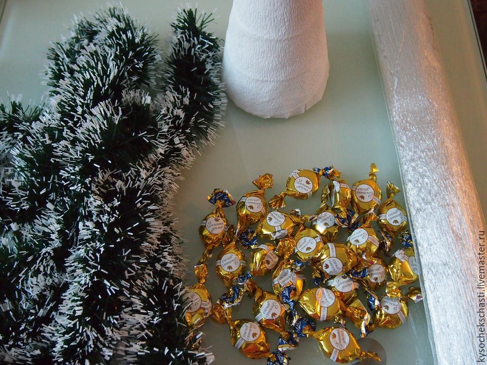 ёлка из конфет