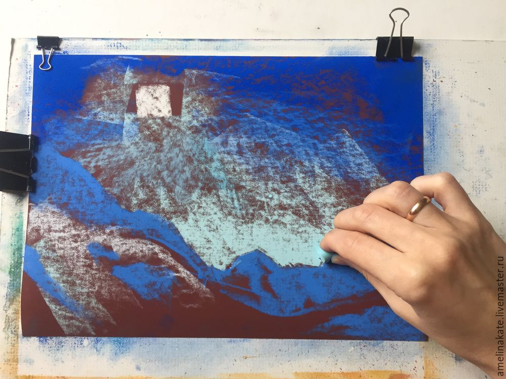 Кто рисует на наждачной бумаге