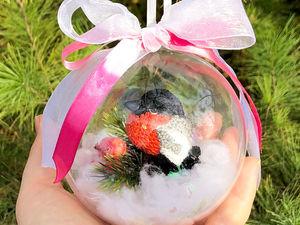 Мастерим новогоднюю игрушку на елку «Вязаный снегирь в шаре». Ярмарка Мастеров - ручная работа, handmade.