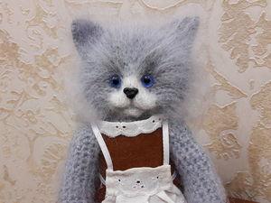 Кошка вязаная Первоклашка. Ярмарка Мастеров - ручная работа, handmade.