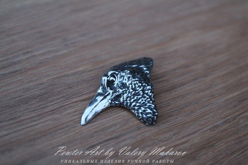 значок ворон, ворон ручной работы, необычный подарок ворон, оберег ворон